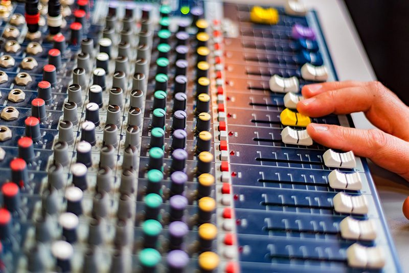 How to Use Multiband Compression for a Better Mix